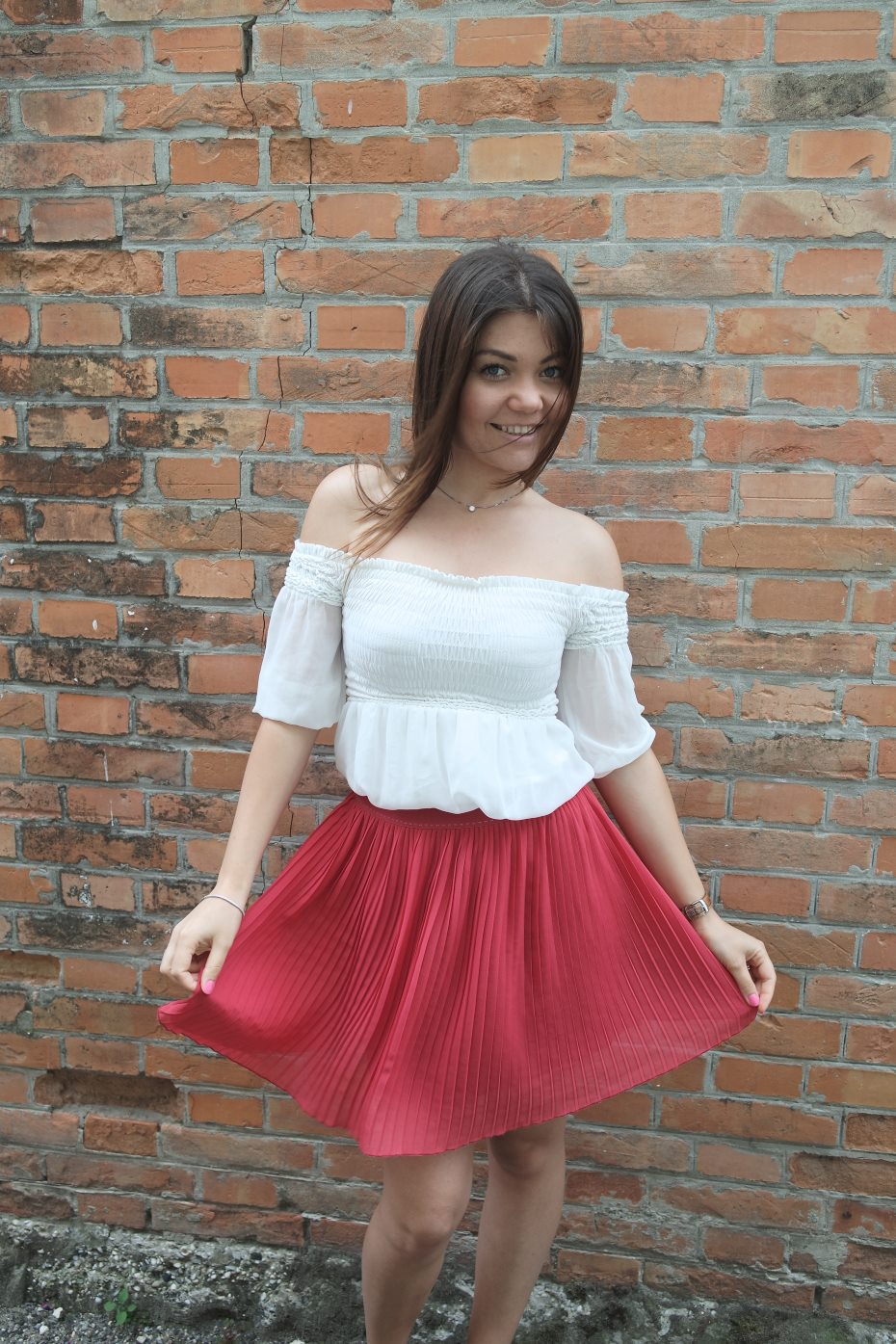 Outfit off the shoulder